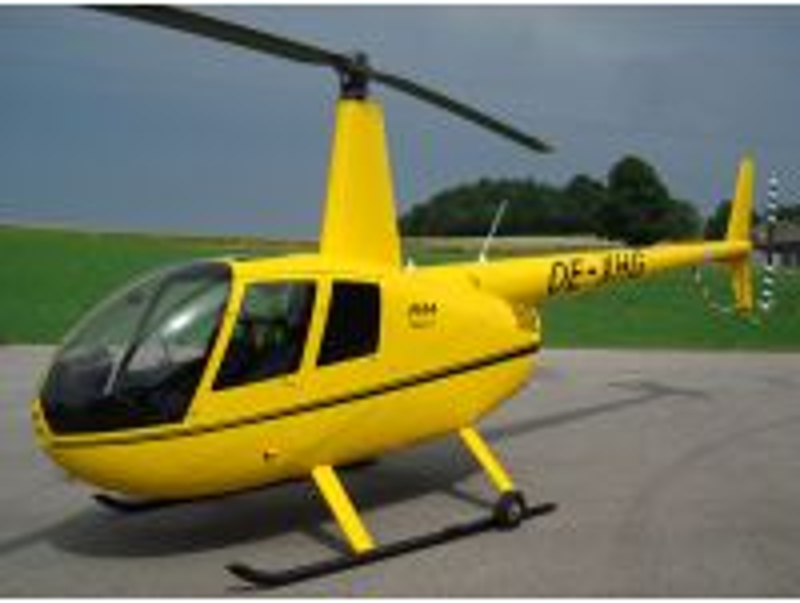 Rundflug mit dem Hubschrauber nach Wunsch 20 Min. für 3 Personen